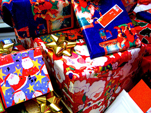 Retailers risk losing Christmas business over stock unavailability and delivery time constraints