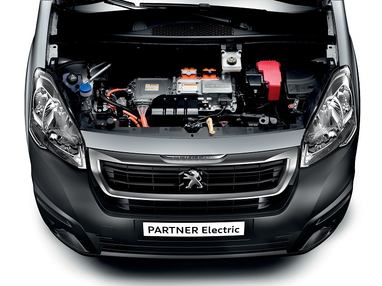 Royal Mail buying Peugeot electric delivery vans
